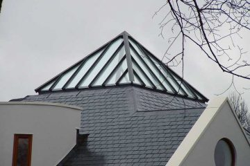 Pyramid Spanlight